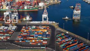 国际空运运输和海运运输的的优缺点对比哪个会更好点?
